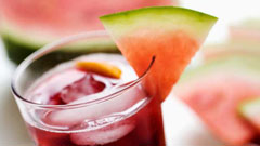 fresh juice The Fashion Minxs beauty tips for looking more awake and rested